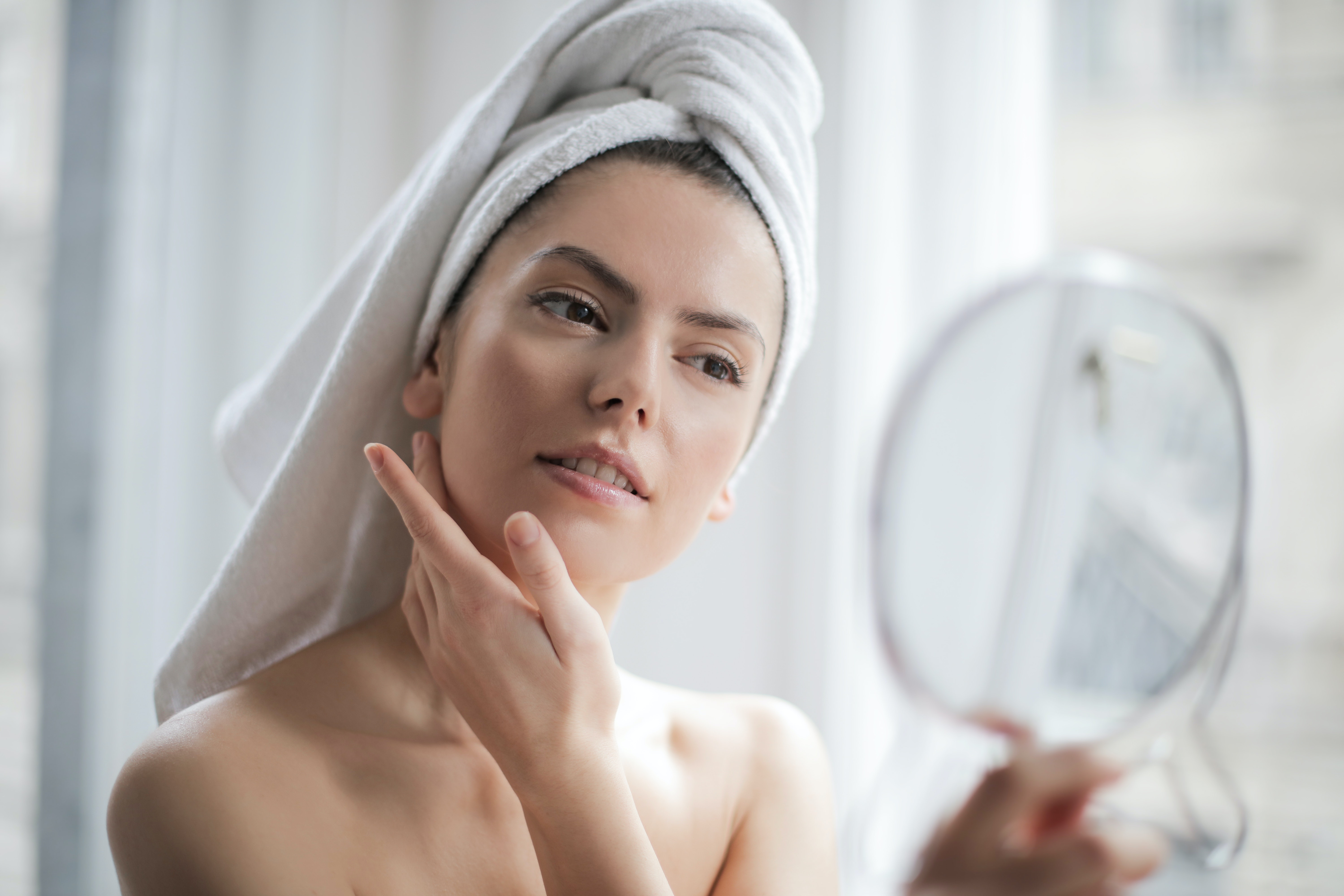 tips-to-maintain-healthy-and-glowing-skin